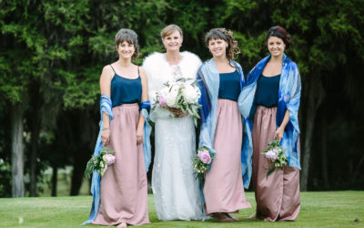A Bride's Guide to Bridesmaids –  6 tips for surviving the wedding & remaining friends.
