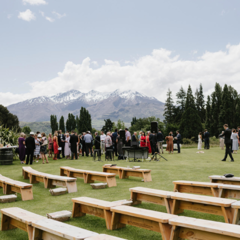 Queenstoen and Wanaka wedding styling, planning and florals
