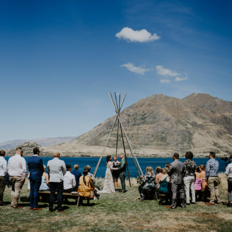 Wanaka & Queenstown wedding styling, florals and planning